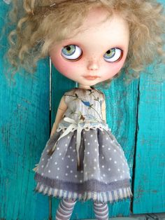 Blythe doll dress OOAK - Blue blossoms - Grungy-chic outfit