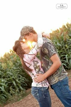 Engagement photography Copyright: P. Country Couple Pictures, Country Couples, Cute Couple Pictures, Cute Couples, Couple Pics, Country Engagement, Engagement Couple, Engagement Pictures, Bridal Pictures