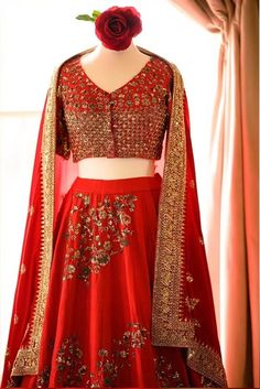 I bet all of you at some point of time have wondered what is Priyanka Chopra Sabyasachi Lehenga Cost? Well, in this post, I tell you exactly that. Sabyasachi Wedding Lehenga, Red Wedding Lehenga, Red Lehenga, Indian Bridal Lehenga, Party Wear Lehenga, Lehenga Choli, Bollywood Outfits, Bollywood Fashion, Mirror Work Lehenga