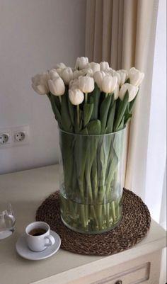 Luxury Flowers, My Flower, Beautiful Flowers, Room Deco, Flower Aesthetic, Planting Flowers, Flower Arrangements, Bloom, Wallpaper
