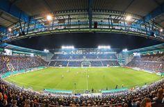 Zeitung WESTFALEN-BLATT: Sport - So spielt die Bundesliga bis Ende November