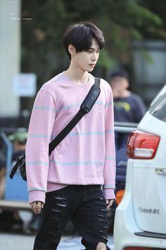 Doyoung could rip my heart like those jeans and id still love him. Yangyang Wayv, Nct Doyoung, Johnny Seo, Jisung Nct, Mark Nct, Jung Woo, Kpop, Lil Baby, Ji Sung