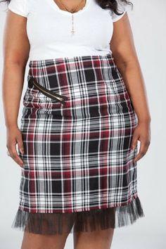 CSC Striking White Glenn Plaid Pencil Skirt w/faux front zipper