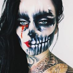 The flawless @ida_elina is hauntingly beautiful in our 'Miss Fury' lashes and this artsy skull makeup. We can't get enough of Ida, ever. 💀🖤 #rougeandrogue