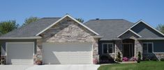 https://flic.kr/p/9K5ih3 | Chilton Tailored Blend | This project uses Buechel Stone's Chilton Tailored Blend in combination with siding. Ref: Chilton Tailored Blendii. Visit www.buechelstone.com/shoppingcart/products/Chilton-Tailor... for more information.