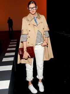 トレンチ×ボーダーの新法則をNYFWで発見!|ジェナ・ライオンズ(Jenna Lyons)の私服ファッション
