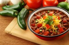 hot and spicy vegetarian chili recipe w/ good chili seasoning recipe Zone Recipes, Hcg Diet Recipes, Chili Recipes, Easy Healthy Recipes, Slow Cooker Recipes, Crockpot Recipes, Healthy Meals, Freezable Meals, Freezer Meals