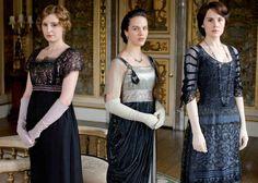 Sisters Edith, Sybil, & Mary in dark loveliness.