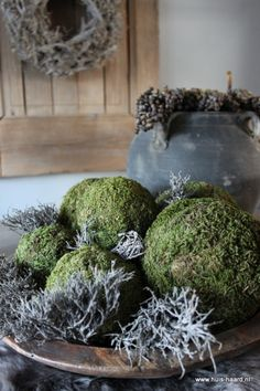 Mosbollen verkrijgbaar op webshop www. Green Christmas, Rustic Christmas, Christmas Time, Xmas, Flower Decorations, Christmas Decorations, Estilo Interior, Decoration Inspiration, Deco Floral