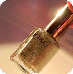 Kiko 399 Silk Tauper Hologram Nail Lacquer: my review