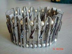 Patina'd wooden clothespins and white glass pearls makes an interesting wedding crown. or the Laundry Fairy's crown Clothes Pin Wreath, Clothes Pegs, Hanging Clothes, Diy And Crafts, Crafts For Kids, Arts And Crafts, Craft Projects, Projects To Try, Wooden Clothespins