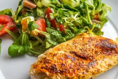 Chicken Mascarpone Recipe - Chicken breast stuffed with a creamy mascarpone cheese filling. Cooked in the oven or barbecue and served with a white wine sauce. Protein In Chicken, Healthy Chicken, Baked Chicken, Chicken Chili, Recipe Chicken, Spinach Stuffed Chicken, Boneless Chicken, Chicken Recipes, Chicken Breasts