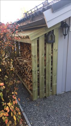 Precious Tips for Outdoor Gardens - Modern Outdoor Firewood Rack, Firewood Shed, Firewood Storage, Shed Storage, Outdoor Projects, Garden Projects, Home Projects, Backyard Sheds, Backyard Landscaping