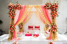Overflowing you up with vary wedding mandap decorations inspiration that make your wedding in the most ideal manner is the thing that we cherish doing. Wedding Backdrop Design, Wedding Hall Decorations, Desi Wedding Decor, Marriage Decoration, Arch Decoration, Wedding Themes, Wedding Ideas, Outdoor Indian Wedding, Indian Wedding Ceremony