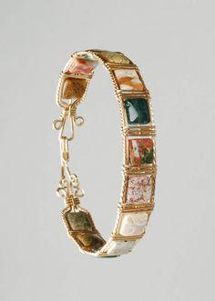 Handmade Bracelets, Handmade Jewelry, Beaded Bracelets, Crystal Jewelry, Metal Jewelry, Wire Jewelry Designs, Wire Wrapped Bracelet, Beads And Wire, Jewelry Making Beads