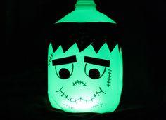 How to Make a Halloween Glow in the Dark Frankenstein Milk Jug (Cute Easy) Camping Halloween, Diy Halloween, Halloween Milk Jugs, Halloween Porch Decorations, Halloween Crafts For Kids, Holidays Halloween, Holiday Crafts, Holiday Fun, Halloween Stuff