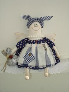 Куклы Ирины Жулановой - 3 Августа 2016 - Кукла Тильда. Всё о Тильде, выкройки, мастер-классы. Ugly Dolls, Cute Dolls, Doll Clothes Patterns, Doll Patterns, Plush Dolls, Doll Toys, Textiles, Tilda Toy, Zombie Dolls
