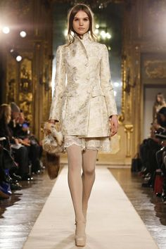 Blugirl Ready To Wear Fall Winter 2014 Milan...Wow Pretty. Ask your dressmaker for fabric suggestions that fit your budget..