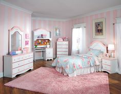 sweet little girls room! and i already have the duvet!