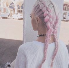 Image via We Heart It https://weheartit.com/entry/164371074 #blonde #braid #fashion #grunge #hair #pink #platinum #rock