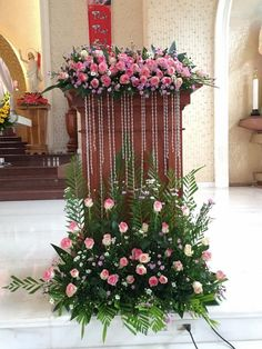 church wedding 1 million+ Stunning Free I - wedding Church Wedding Flowers, Altar Flowers, Funeral Flowers, Wedding Bouquets, Church Altar Decorations, Flower Decorations, Wedding Decorations, Large Flower Arrangements, Funeral Flower Arrangements