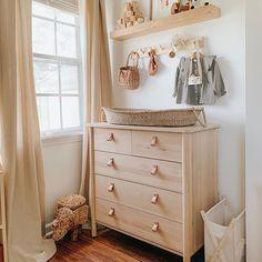 14 Striking Wall Design Ideas to Get Your Creativity Flowing - The Trending House Baby Nursery Decor, Baby Bedroom, Nursery Neutral, Baby Decor, Project Nursery, Nursery Ideas, Nursery Themes, Small Baby Nursery, Ikea Baby Room
