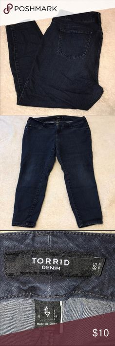 """👖 Torrid Denim 👖 Women's denim ankle length jeans. Very stretchy and comfortable. Color is blue (despite looking blue/grey in pics.) Size 18 short Inseam 27"""" torrid Jeans Ankle & Cropped"""