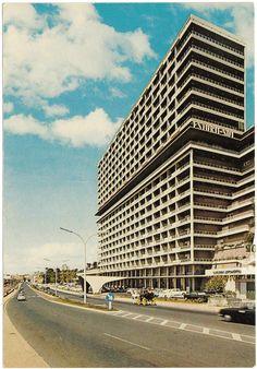 Old Images, Old Photos, Cristiana Couceiro, Nostalgia, Brutalist, Archipelago, Travel Posters, Lisbon, Skyscraper