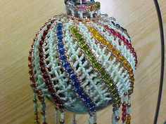 Multi-Color-Spiral-Glass-Bd-Seed-Beaded-Collectible-Ornament-2014-Collection Wow.