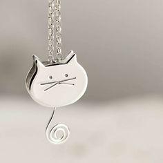 Plata esterlina Cat que hace pivotar la cola gato joyería