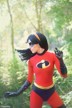 Disney cosplay. || this isn't Disney...it's violet from the incredibles