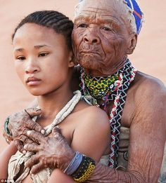 The Khoisan people are an indigenous hunter-gatherer people of Southern Africa whose roots are literally ancient. Khoisan are one of the 14 people groups from which all humanity descended and Khois… African Culture, African American History, Black Is Beautiful, Beautiful Images, Beautiful People, The Embrace, African Tribes, African Nations, Foto Art