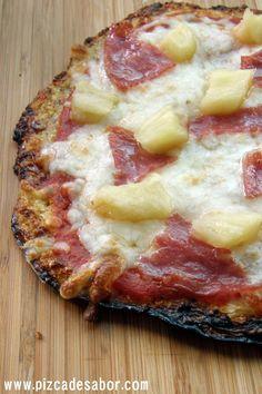 Aprende a preparar en esta receta con fotos paso a paso una deliciosa masa de pizza de coliflor (sin gluten), perfecta para las personas con intolerancia al gluten.