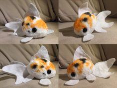 Goldfish Plushie by InkxInk on DeviantArt - Plushies Sewing Stuffed Animals, Cute Stuffed Animals, Cute Animals, Cute Crafts, Felt Crafts, Muñeca Diy, Sewing Crafts, Sewing Projects, Plushie Patterns