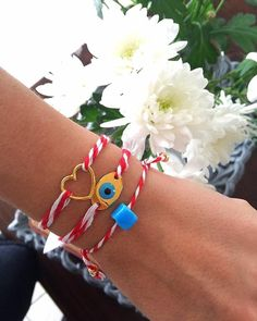 These are three different March bracelets for every hand. You can wear them all the spring period and as we say in greece you will be safe from sun burning. Evil Eye Bracelet, Heart Bracelet, Fabric Jewelry, Diy Jewelry, Handmade Bracelets, Women's Bracelets, Evil Eye Charm, Gold Sunglasses, Blue Beads