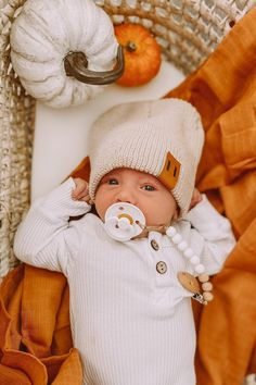 Baby Boy Photos, Cute Baby Pictures, Newborn Pictures, Cute Babies, Cute Kids, My Little Baby, Our Baby, Toddler Outfits, Baby Boy Outfits