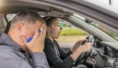 10 Ridiculous Ways People Have Failed Their Driving Test Driving School, Driving Test, Drivers Ed, Driving Courses, Theory Test, Distracted Driving, Learning To Drive, Thing 1, Good Habits
