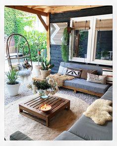 Bohemian Styled Backyard Decor Ideas Bohemian Garden and Patio Patio Design, Home Design, Garden Design, Design Ideas, Fire Pit Backyard, Backyard Patio, Backyard Seating, Yard Landscaping, Pergola Patio