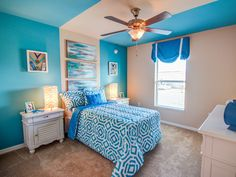 Dive in - this room is complete with beautiful shades of calming blue and plenty of personality. Click to see more photos of this beautiful home! Highland Homes' Serendipity model home in Davenport, Florida. Kids Bedroom, Bedroom Ideas, Davenport Florida, Creative Kids Rooms, Highland Homes, Bedroom Pictures, New House Plans, Florida Home, Model Homes