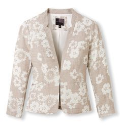 The Floral Blazer. A Summer Essential. #SummerStyle #TheLimited #Blazer #Floral