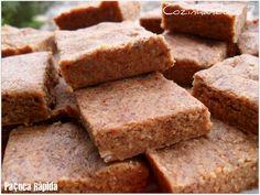 Cozinhando o 7: Paçoca Rápida (1 pacote de biscoito maizena, 250g de amendoim torrado e moído, 1 lata ou caixinha de leite condensado)