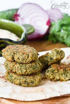 Baked Falafel - easy healthy recipe with less calories than the deep-fried ones