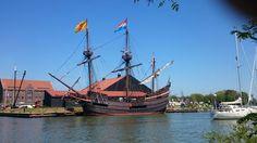 VOC schip de 'Halve Maen' in Hoorn