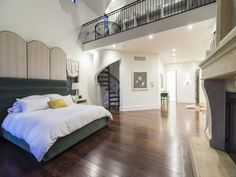 Repin if you dream of a master bedroom loft!