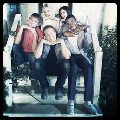 Hart of Dixie cast - (read a review of the first episode back here: http://allthatcubeness.wordpress.com/)