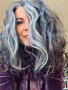 Medium Hair Cuts, Medium Hair Styles, Natural Hair Styles, Short Hair Styles, Grey White Hair, Long Gray Hair, Gray Hair Growing Out, Grow Hair, Hair Gummies