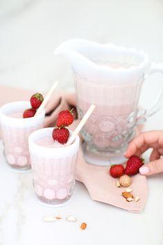 DIY | Roasted Strawberry Almond Milk | http://monikahibbs.com