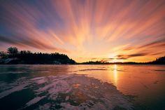 ITAP of a sunrise on a frozen lake http://ift.tt/2kHrQ4f