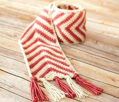 Crochet Pattern Chevron Ripple Scarf Pattern Perfect for - petalstopicots
