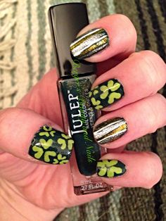 My St. Patricks Day Nails #bergersbeautyandnails #nailart